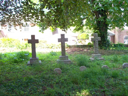 Eaton Socon - three Crosses in memory of the Peppercorn family in the Churchyard 1915-1922