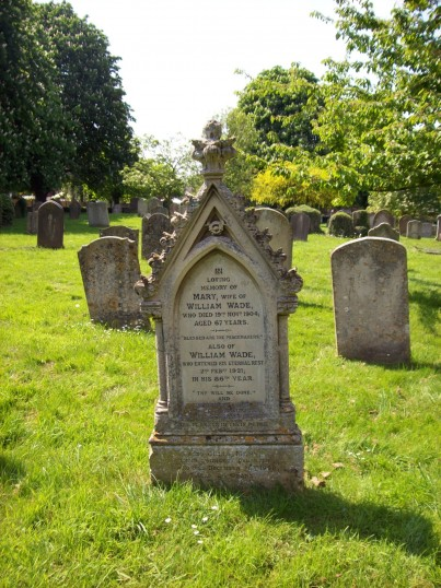 Eaton Socon - Wades Stonemasons family gravestone in the Churchyard, 1904 and 1921