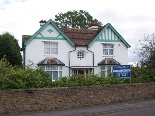 Former Waterloo Farmhouse built in 1915 by Samuel Flint, Berkley Street, Eynesbury (photo taken August 2008)