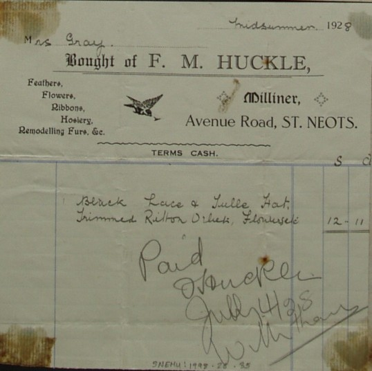 Invoice from F.M. Huckle, Milliner of Avenue Rd, St Neots for a hat and accessories for Mrs Gray, June 1928