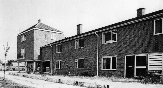 New housing in Montague Square, Eynesbury in 1964