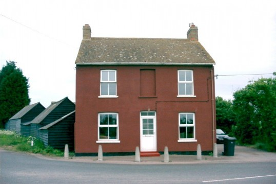 Former Two Brewers Pub on the Bushmead Rd in Eaton Socon Parish in 2006