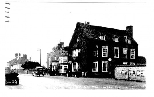 White Horse Coaching Inn on the Great North Rd in Eaton Socon in the 1940s