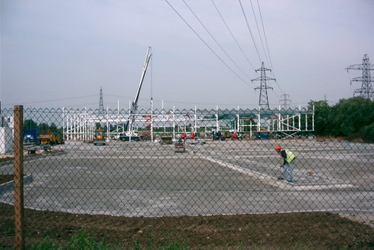 Building the new B & Q store on the Great North Rd in Eaton Socon in June 2004
