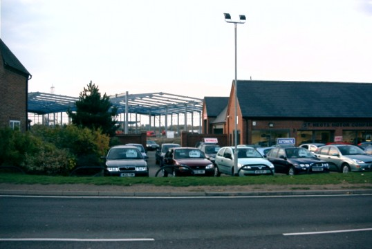 The new warehouse being built behind the St Neots Motor Co. on the Great North Rd in Eaton Socon in November 2006
