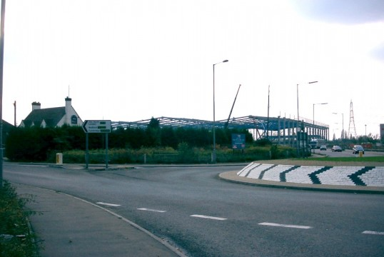 The new warehouse being built on the Great North Rd in Eaton Socon in November 2006
