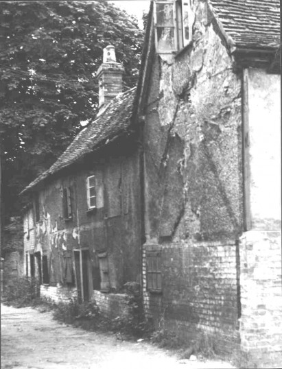 The cottage where James Toller, Eynesbury Giant, was born in 1798. Photo taken about 1960, now demolished.