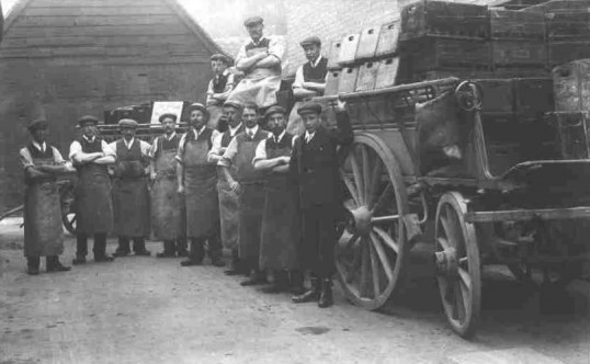 Workers at Jordan and Addingtons Mineral Water Works in St Marys Street, Eynesbury, in 1910