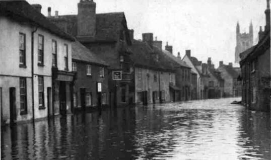 Flooding in St Mary's Street, Eynesbury in 1947
