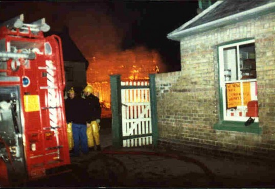 Fire at Tebbutts Timber Yard in Eynesbury, in 1983. The area is now Navigation Wharf.