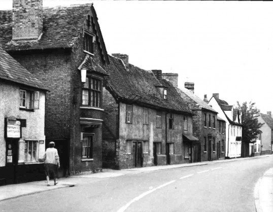 Buildings in St Marys Street, Eynesbury in 1949, the middle group were demolished and redeveloped.