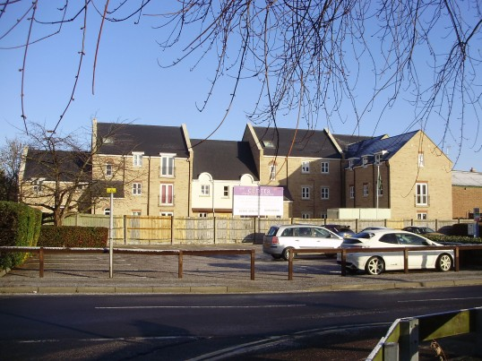 New flats on the site of the former St Neots Roller Skating Rink in Tan Yard in December 2010 (P. Ibbett)