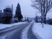 Looking down Mill Hill Rd in Eaton Ford in the snow in December 2010 (P.Ibbett)
