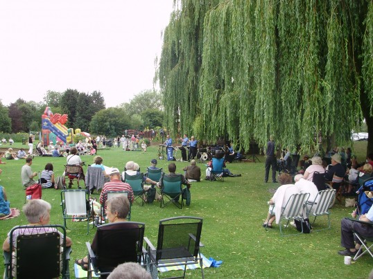 Listening to the jazz band in the St Neots Riverside Park on a Sunday afternoon in August 2010 (P.Ibbett)