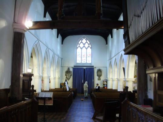 Eynesbury Church, St Marys - inside in August 2009 (P.Ibbett)