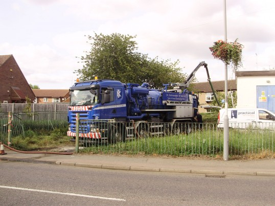 Cleaning at the Eaton Ford Water works in St Neots Road in September 2009 (P.Ibbett)
