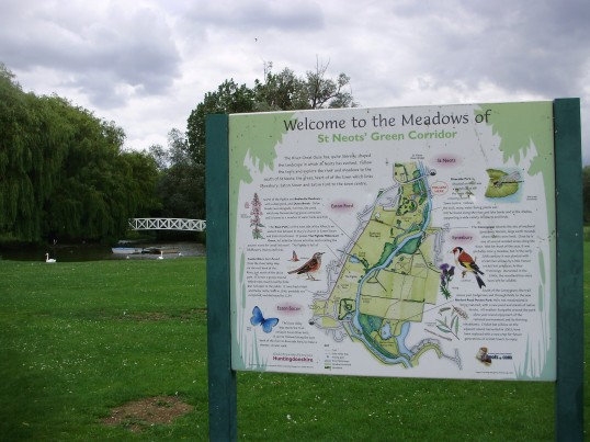St Neots Green Corridor sign in the Riverside Park in Eaton Ford, St Neots (P.Ibbett)
