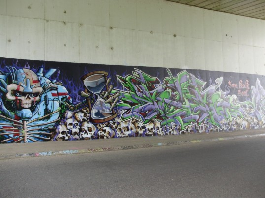 Part of the mural on the south wall of the Duloe Underpass in August 2009 (P.Ibbett)