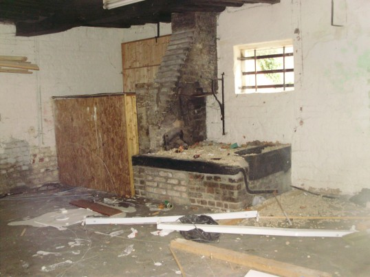 Derelict forge in former Ibbetts business in Brook Street (just off South Street), St Neots in April 2009 (P.Ibbett)