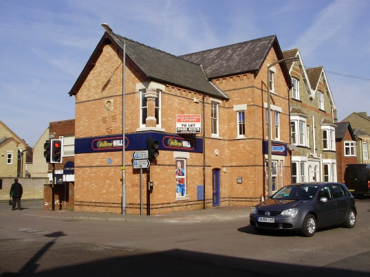 William Hill Betting Shop in New Street, former home of St Neots Quads in March 2009 (P.Ibbett)