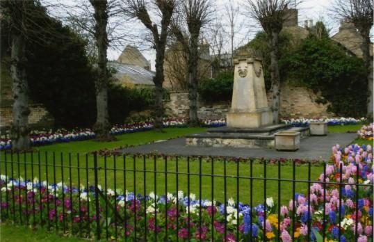 St Neots War Memorial in springtime in April 2011