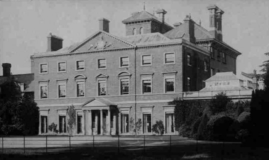 Paxton Place (Paxton Park House) in its heyday, around 1903, when the owned by Lord Gordon, later a school and maternity hospital, demolished 1959