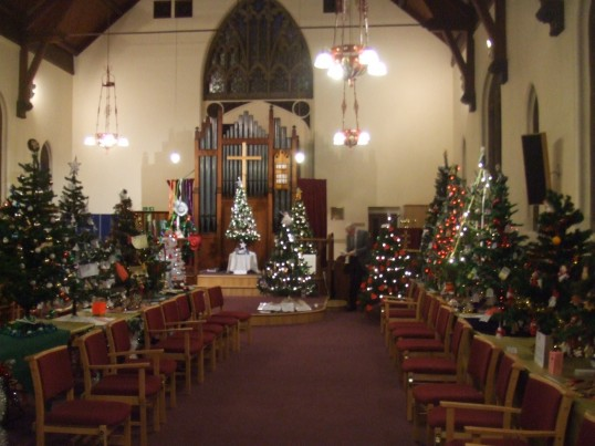United Reformed Church, St Neots - Christmas Tree Festival 9th-11th December 2011