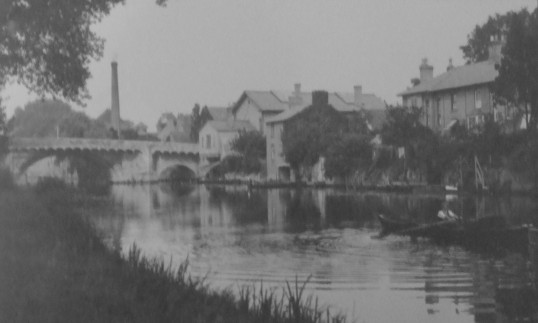 River Great Ouse and St Neots town bridge around 1920