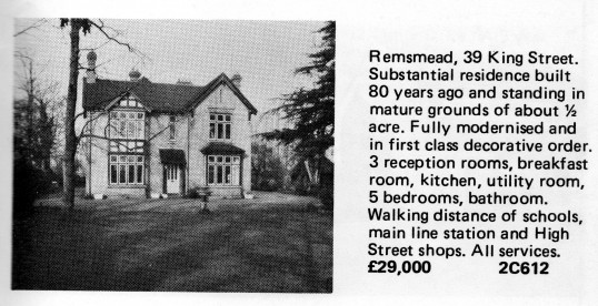 Estate Agents advert for the sale of 38 King Street, St Neots in Flagboard, the estate agents book of properties for sale in May 1977