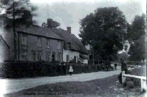 Staploe village in the parish of Eaton Socon, about 1909 (N.Cutts)