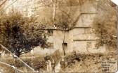 Old Farm Cottage, Hammonds, at Staploe in the parish of Eaton Socon, around 1900 (N. Cutts)