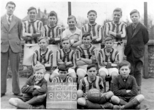 Eaton Socon School Football Team 1932-1933 (photo from Tot Pike)