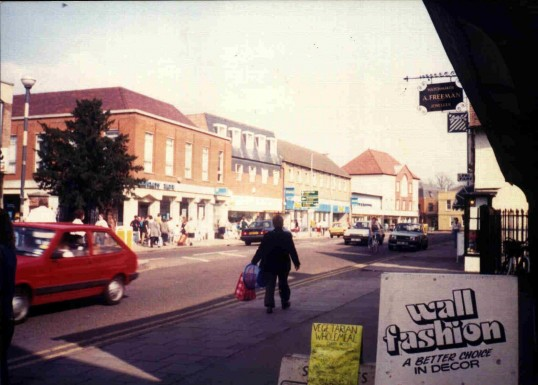 St Neots High Street in March 1988 (once called Sheep Street)
