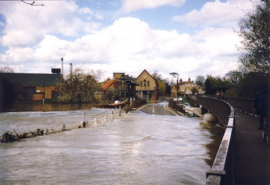 Flooding of the River Great Ouse at Little Paxton Paper Mill in April 1998