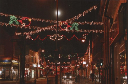 St Neots Christmas Lights in St Neots High Street, in December 2006