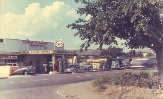 Drakes Garage in Eaton Ford in the early 1960s
