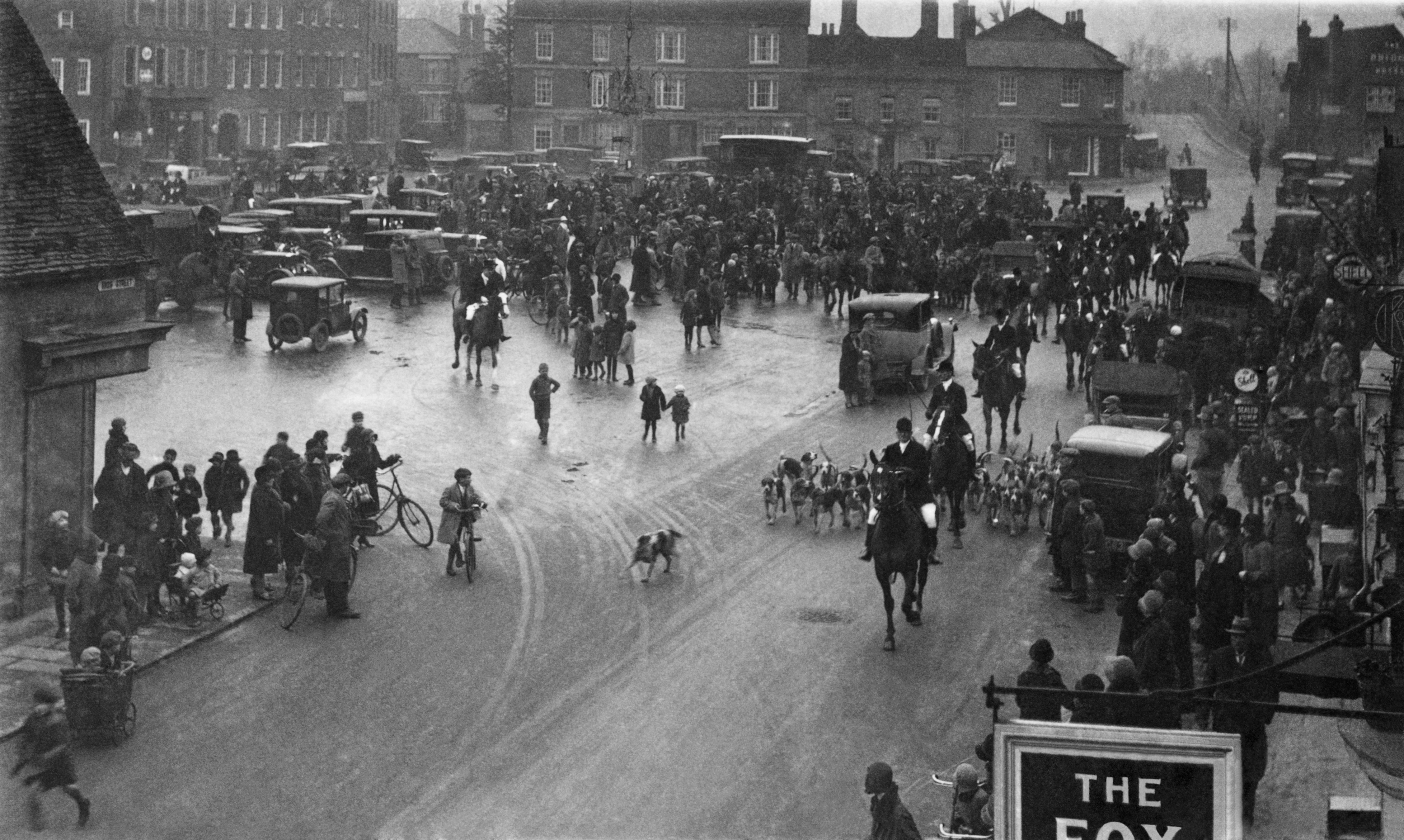 St Neots Market Square Fox Hunt Setting Off Approx 1910 1920 Animal Transport Cars