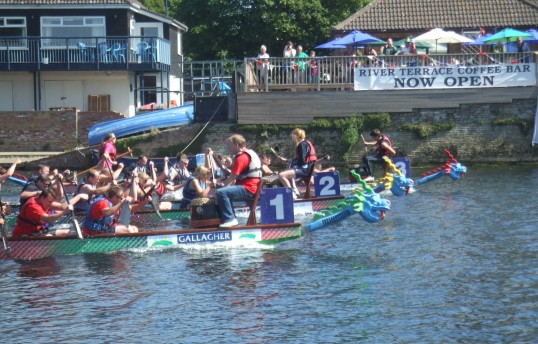 Dragonboat racing head to head in the summer festival - August 31st 2013
