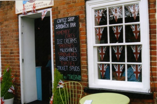 Queens Jubilee Decorations June 2012 – Cupcakes tea room in the Market Square (Ann Richards)
