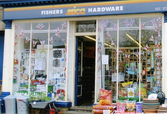 Queens Jubilee Decorations June 2012 – Fishers Hardware shop in the High Street (Ann Richards)