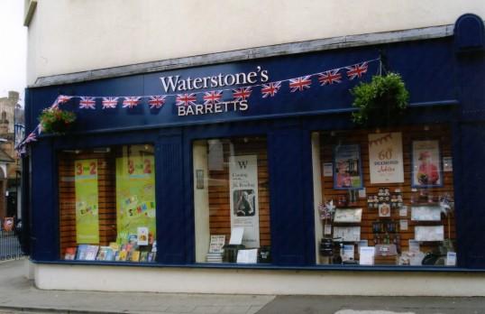 Queens Jubilee Decorations June 2012 – Waterstones in Barrett's shop, Market Square (Ann Richards)