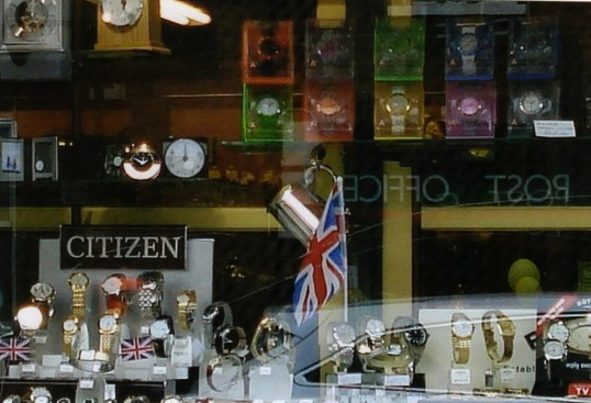 Queens Jubilee Decorations June 2012 – Freemans Jewellers shop in the High Street (Ann Richards)