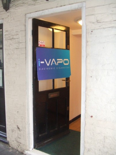 i-Vapo - the sign on the door on 18th March 2014 - the day before the shop officially opened in the former Queen Bee shop in Cross Keys Mews