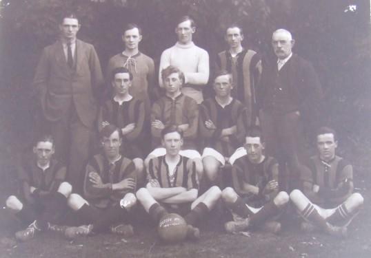 footballteam 1919-1920 - held by john wright