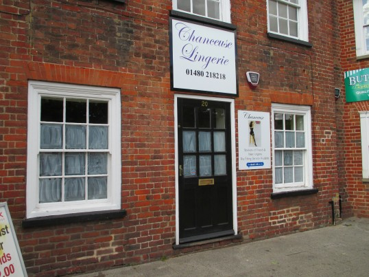 Chanceuse Lingerie shop, on the Market Square has closed - 18th August 2014