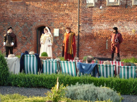 Buckden - A Winter's Tale, Shakespeare at the Towers, July 2006 (2)