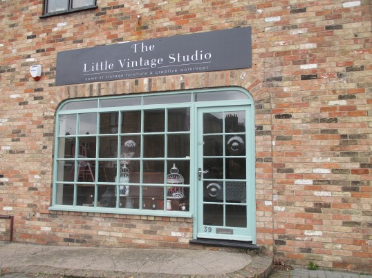 The Little Vintage Studio in the former Coo Gee shop in Huntingdon Street - 4th Feb  2015