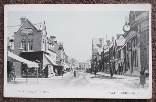 High Street, St Neots, around 1920, looking east from Barretts corner