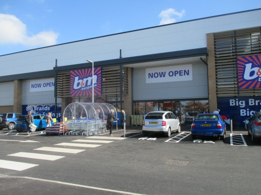 B&M Stores now opened in Eaton Socon - 24th March 2016