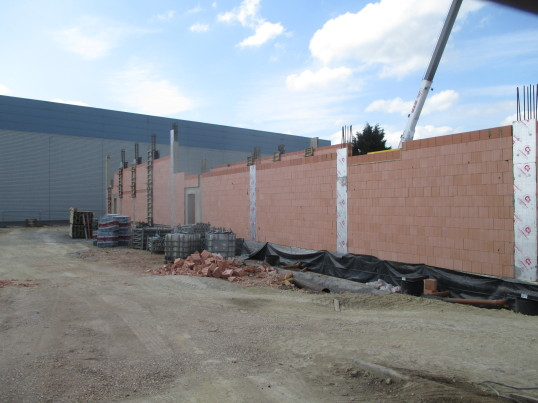 Lidl in Eaton Socon - the building is growing - 26th May 2016